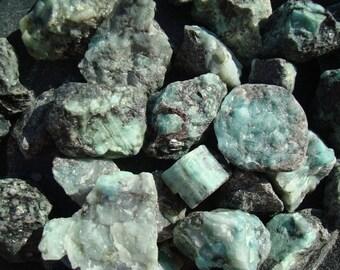 Emerald Crystal Chunky R32