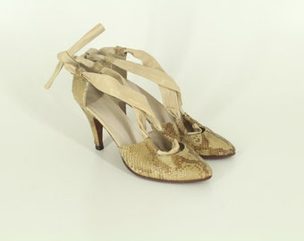 90s • Vintage • Snake Skin Shoes • Elegant Shoes • High Heel Shoes • Ladies Schoes • Leather Shoes • Women's Shoes • US 8 • UK 6 • EU 38