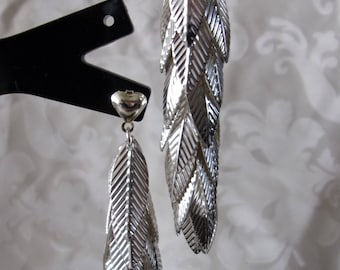 Pair of silver leaf 7.2 cm earrings
