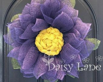 Daisy wreath, Flower Wreath, Burlap Wreath, Front Door Wreath, Summer Wreath, Handmade Gift
