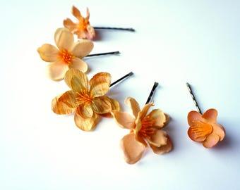 Autumn Orange Wedding Hair Pin Flowers Set, Fall Flower Bobby Pins Light Golden Orange