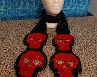 Crocheted skull scarf black and red