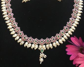 Silver necklace with semi precious stones necklace set