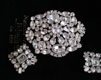 VINTAGE signed WIESNER white RHINESTONE brooch and clip on earring set