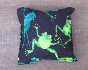 Frogs Organic Catnip Cat Toy