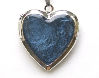 Blue locket, photo locket, picture medallion, picture locket, dark blue medallion, heart locket, medallion heart, dark blue pendant,