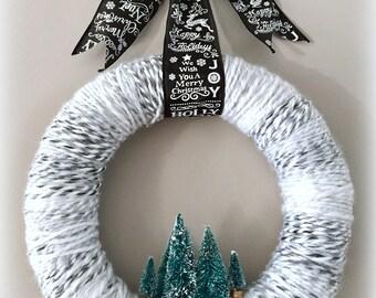 Pine Tree Yarn Wreath/ Christmas Yarn Wreath/ Modern Holiday Wreath/ Yarn Wreath/ Bottle Brush Tree Wreath/ Christmas Tree Wreath