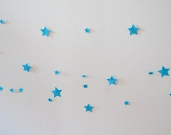 Wool felt star garland in blue