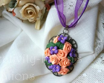 /Regalo Flower necklace for mom/flower Lover/Mother's Day/Fimo pendant/Purple lover gift/Fimo Roses