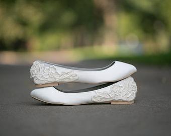 Wedding Shoes - Ivory Wedding Flats, Wedding Ballet Flats, Satin Flats, Wedding Shoe, Ivory Flats, Low Wedding Bridal Shoes with Ivory Lace.
