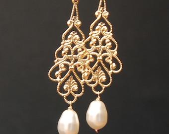 Chandelier Clip On Earring, Gold Filigree Pearl Clipon, Clip Bridal Earring, Pearl Gold Earring, Long Dangle, Wedding Earring, Pearl Clipon