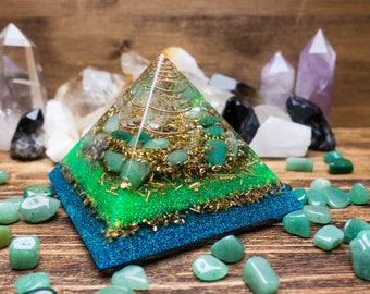 Orgone Pyramid SPIRAL- Harmony Of Space: Crystal quartz, Jade
