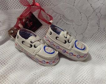 Keepsake Baby Shoes/Baby Boy/Baseball/Baby Shoes/Keepsake/Ornament/Room Decoration/Blue/Red
