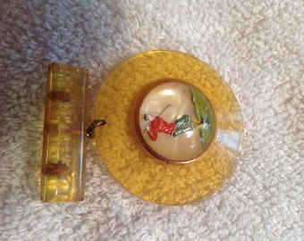 Rare vintage Apple juice Bakelite golfing pin