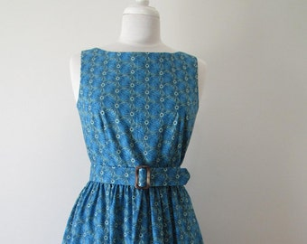 1950s-style day dress
