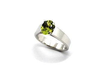 Peridot ring, green stone ring, green peridot ring, silver ring, silver peridot ring, solid sterling silver ring, Snow Whites ring