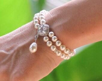 Pearl Bridal Bracelet, Bridesmaids Bracelet, Ivory Pearl Bracelet, ERICA Pearl Drop