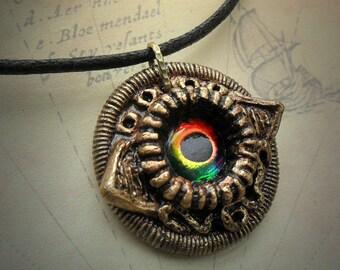 Eldritch Eye necklace - handmade hp lovecraft gothic design