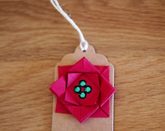 4X Christmas red 'flower' origami gift tag