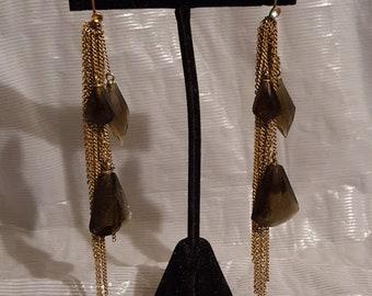 "Vintage 4.25"" dangling chain tassel & facet cut amber glass stone and rhinestone goldtone chandelier pierced earrings boho chic 1980s"