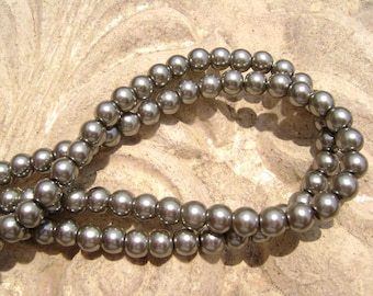 Pearlescent Glass Pearl Pearls Beads Black Grey 6mm Round LARGE 30mm Strand