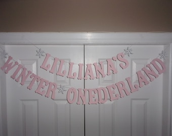 PERSONALIZED WINTER ONEDERLAND Letter Banner - Pale Pink & White Cardstock Paper - Snowflake Garland Name Sign First Birthday Party