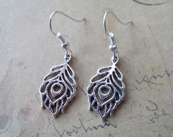 Metal Peacock feather earrings ~ silver ~