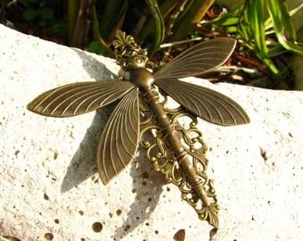 A Dragonfly in Flight Filigree Brooch Pin