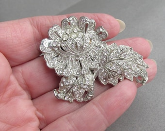 Large 1940's Rhinestone FLOWER & Leaf Retro Dress Clip
