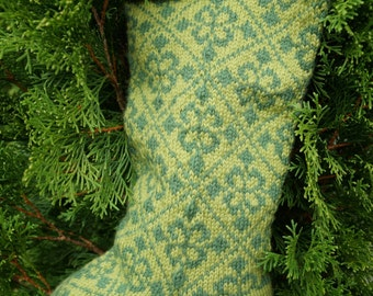 Fleur de Noël Knitted Christmas Stocking Pattern