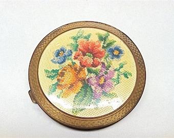 Petit Point Compact, Powder, Vintage, 1940, Round, Celluloid