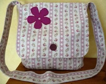 "reversible shoulder flap ""flowery side or plain side"" bags"