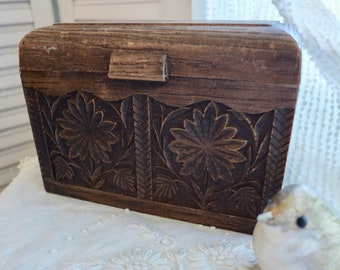 Carved look Recipe Box Faux Wood Lerner 70s File Box Aged Office Supply Storage Brown Card File Box