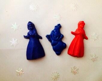 Frozen Inspired crayon set of 3