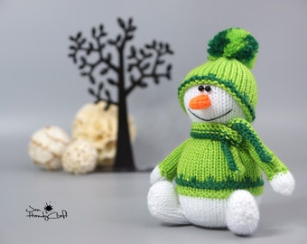 Stuffed snowman doll Christmas gift Plush snowman Winter decoration Xmas gift Winter holiday decor Christmas decoration Xmas Stocking filler