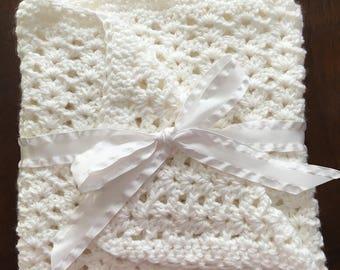Crocheted stroller blanket - baby Afghan - baby shower gift - baby car seat blanket