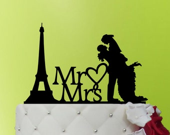 Wedding Cake Topper Paris, bouquet of flowers, Mr and Mrs Cake Topper, Rustic wedding, Last Name topper, Bride and groom Topper L2-01-010