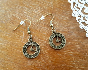 Steampunk Earrings, Bronze Tone Clock Earrings, Boho Earrings, Clock Earrings, Vintage style Earrings