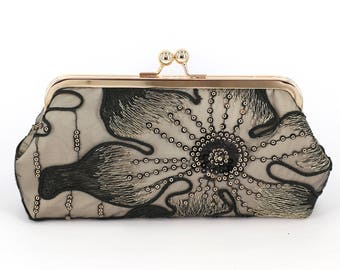 Lily Floral Lace Bridal Clutch in black and champagne | Bridesmaid, mother of the bride Clutch