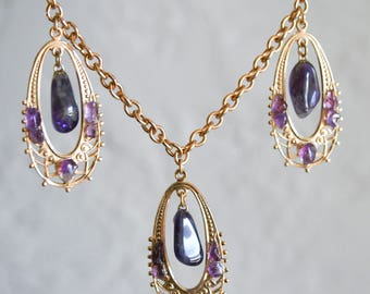 Polished Amethyst Nugget Gold Necklace