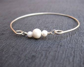 Freshwater Pearl Bangle Bracelet, Silver Pearl Bangle, Pearl Bracelet, Gold or Silver Pearl Bangle bracelet, Pearl Jewelry