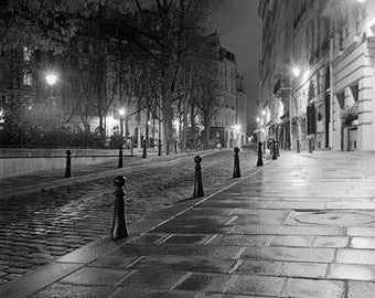 Fine Art Photography in black and white of the night Ile St Louis