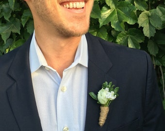 Rustic Boutonniere - Wedding Boutonniere - Groomsmen Boutonniere - Woodland Wedding Boutonniere - Men's Buttonhole - Simple Boutonniere