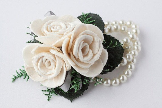 Classic Ivory Sola Flower Wristlet Corsage - Traditional Wrist Corsage - Keepsake Wrist Corsage - Prom Corsage - Mother's Corsage