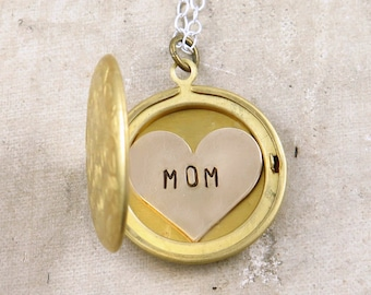 Mom Necklace, Personalized Necklace for Mom, Star and Moon Necklace, Mother's Day Gift, Star Celestial Jewelry, Mom Jewelry