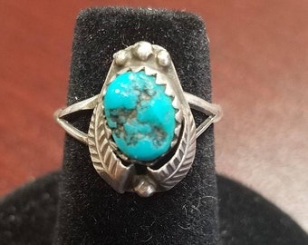 Vintage Silver and Turquoise Ring, Size 4 1/4, Southwest, Turquoise Ring, Turquoise Jewelry, Free Shipping, TheVintageHutchShop