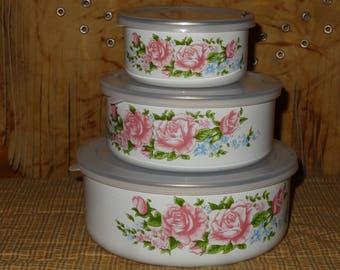 Set of 5 Enamelware Nesting Bowls /  Lidded Nesting Bowls / Floral Enamelware Bowls / Enamel Mixing Bowls / Floral Mixing Bowls
