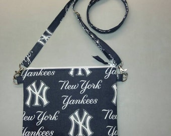 New York Yankees purse messenger bag with adjustable strap