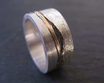 Mens Wedding Band Mens Size 8 3/4 Wedding Ring Oxidized Ring Black Gold Ring Rustic Ring Unique Weddi Viking Wedding Ring Mens Wedding Bands