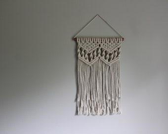 Macramé Wall Hanging - Medium